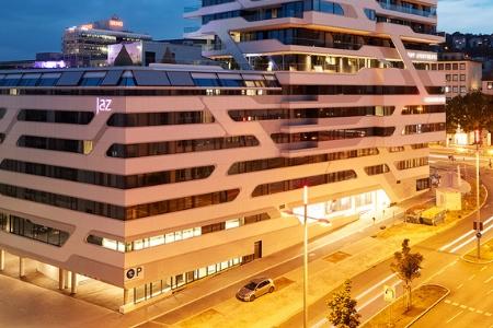 intelligens középületek, szálloda